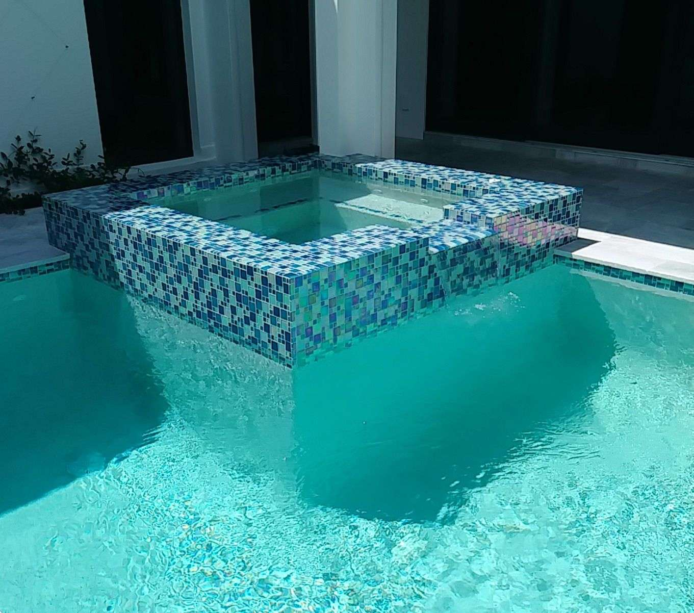 Should I Convert my Pool to Salt Water?